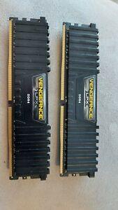 2 barettes de mémoire RAM VENGEANCE LPX 16 Go (2 x 8 Go) DDR4 DRAM 3000MHz