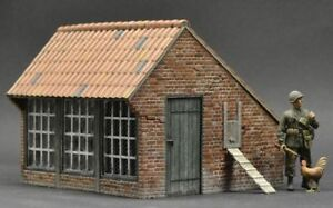 DioDump-DD115-Large-chicken-coop-1-35-scale-resin-diorama-building