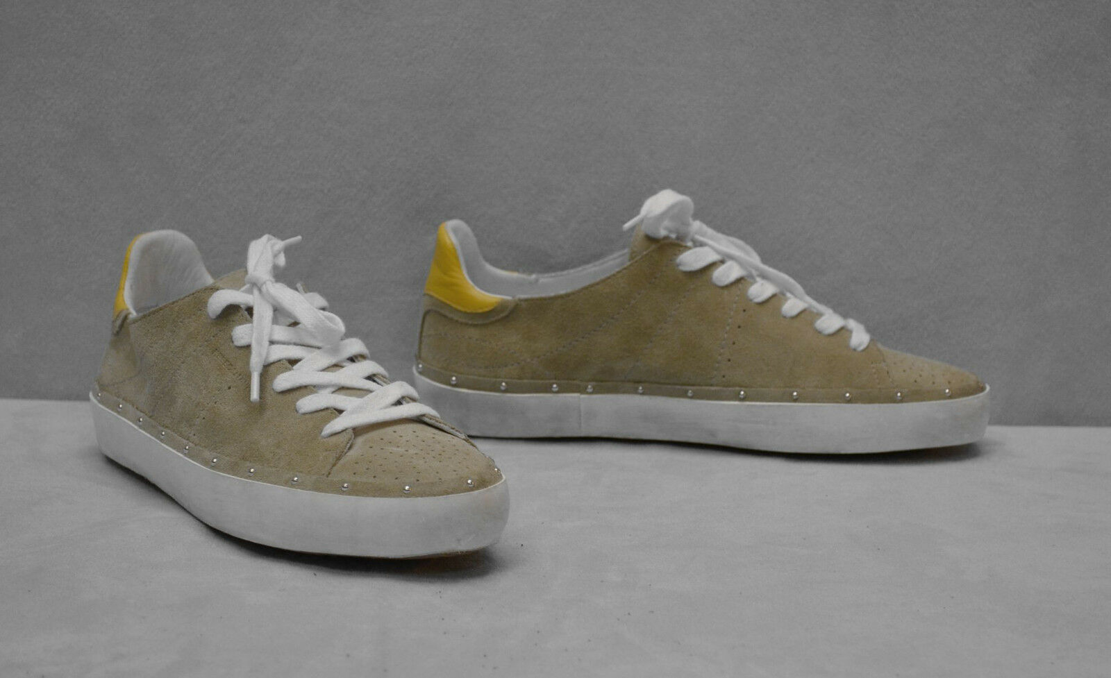 B2 B2 B2 nuevo Rebecca Minkoff Mitchell Gamuza Con Tachas Moda tenis zapatos talla 7  175  Más asequible