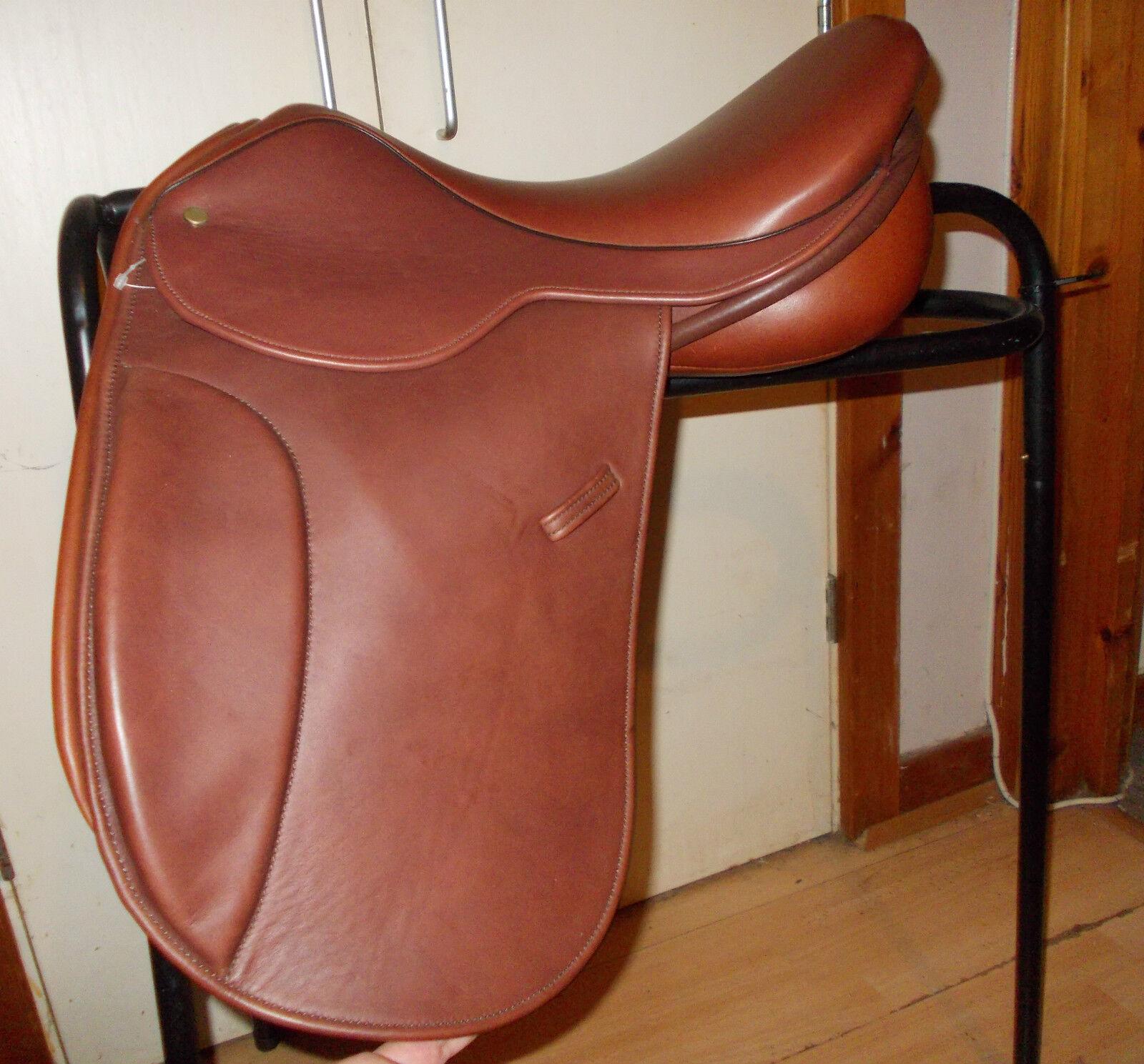 Nuevo 16  silla Crosby WH