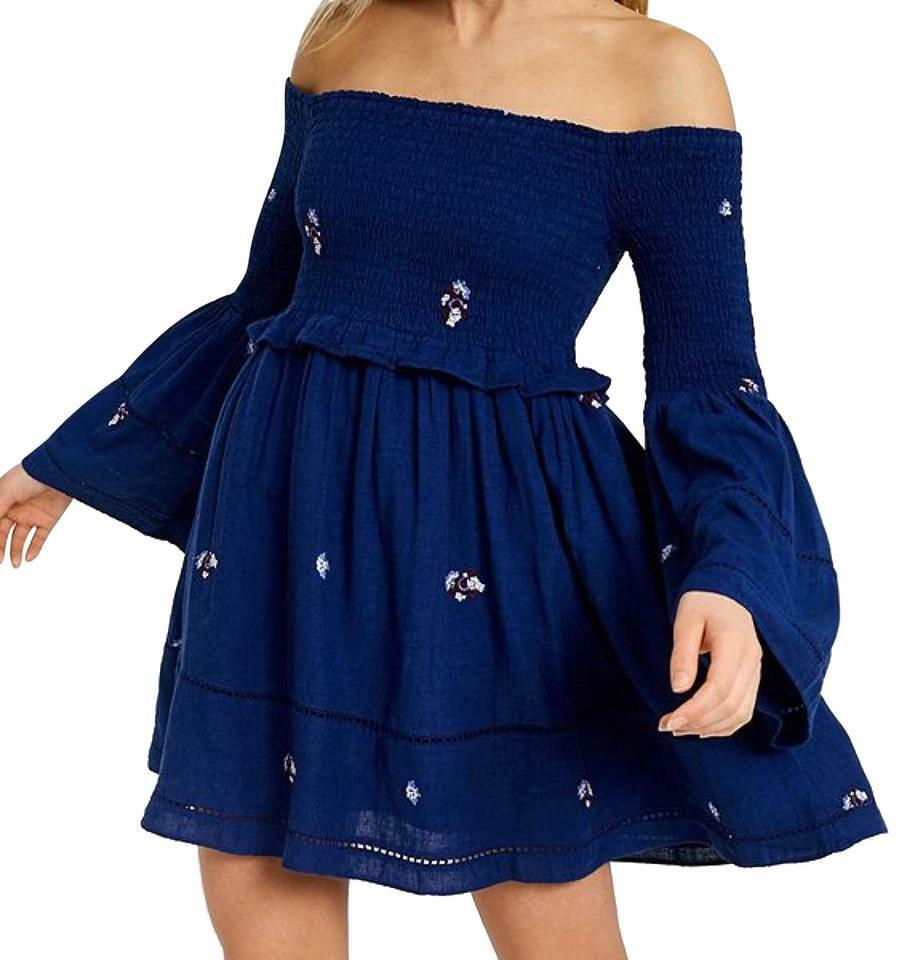 Brand New  FREE PEOPLE Counting Daisies Navy bluee Embroidered Mini Dress Size S
