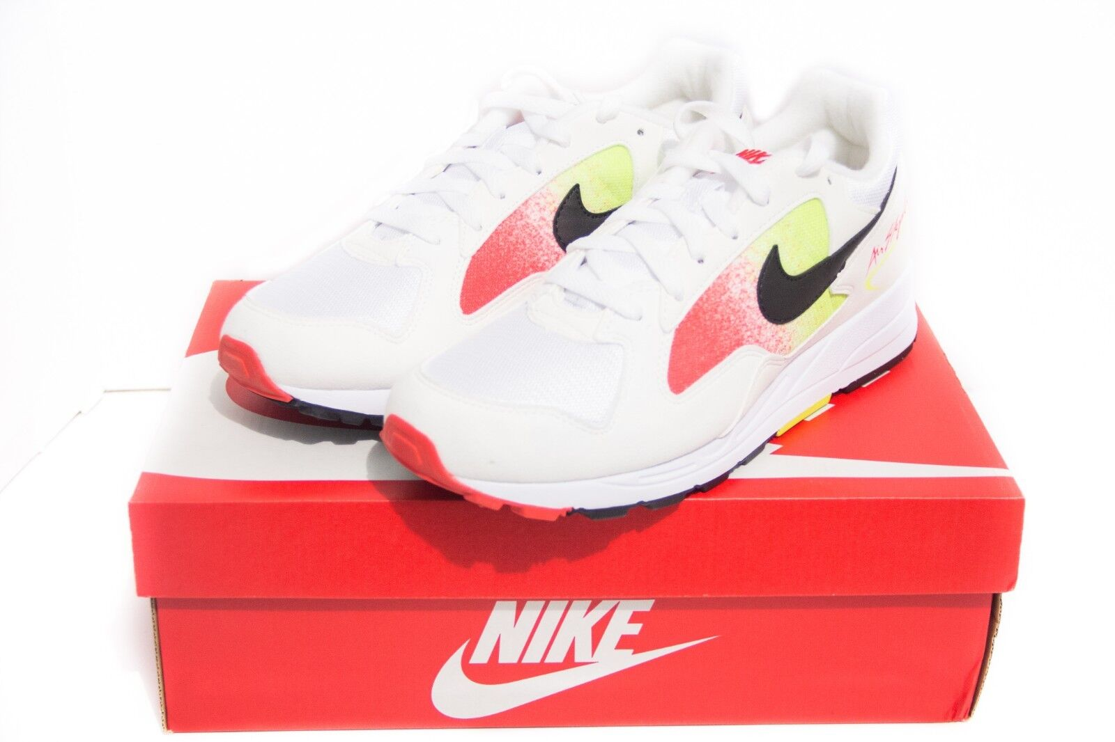 Nike Air Skylon II Men Size 8.5 Volt Habablack White Red Casual shoes AO1551-105