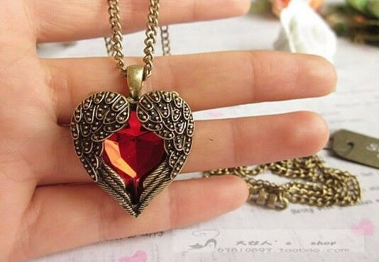 Vintage Women Red Rhinestone Peach Heart Wing Pendant Necklace Chain CE AU