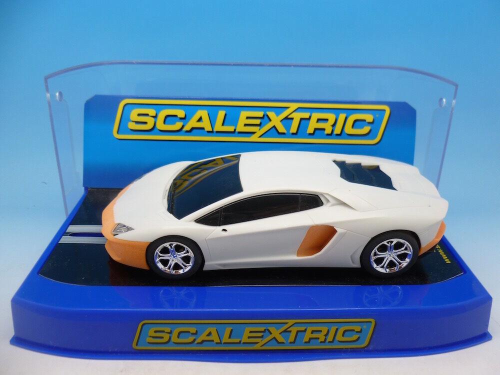 Scalextric Pre Production Lamborghini Aventador, amazing plastic