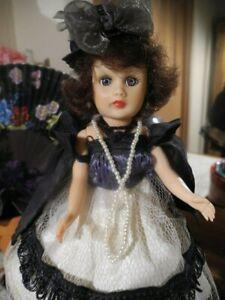 VTG-Pretty-Fashion-Doll-Coty-Circle-P-10-034-Brunette-Evening-Attire-Cape-Hat-Shoes