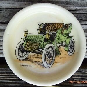 Vintage-Set-4-Coasters-Small-Plate-Dishes-Hol-Hyalyn-Porcelain-Cadillac-1904-Car