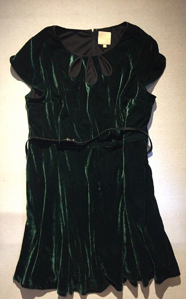 Tri-keyhole Belted Emerald Green Dress Size 4X