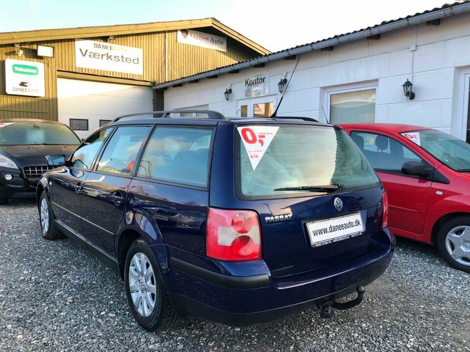 VW Passat 1,6 102 Variant Benzin modelår 2002 km 231000