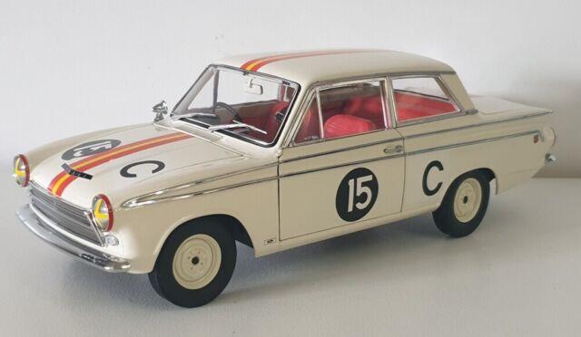 1:18 Classic Carlectables Jane Reynolds 1964 Bathurst Winner Ford Cortina GT