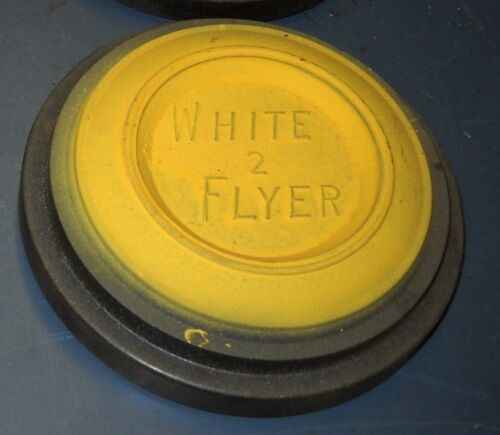 VINTAGE 1940-50/'S REAGENT WHITE FLYER YELLOW TOP BLACK BOTTOM CLAY PIGEON
