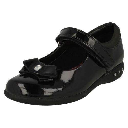 Girls Clarks Bow Detail School Shoes /'Prime Skip/'