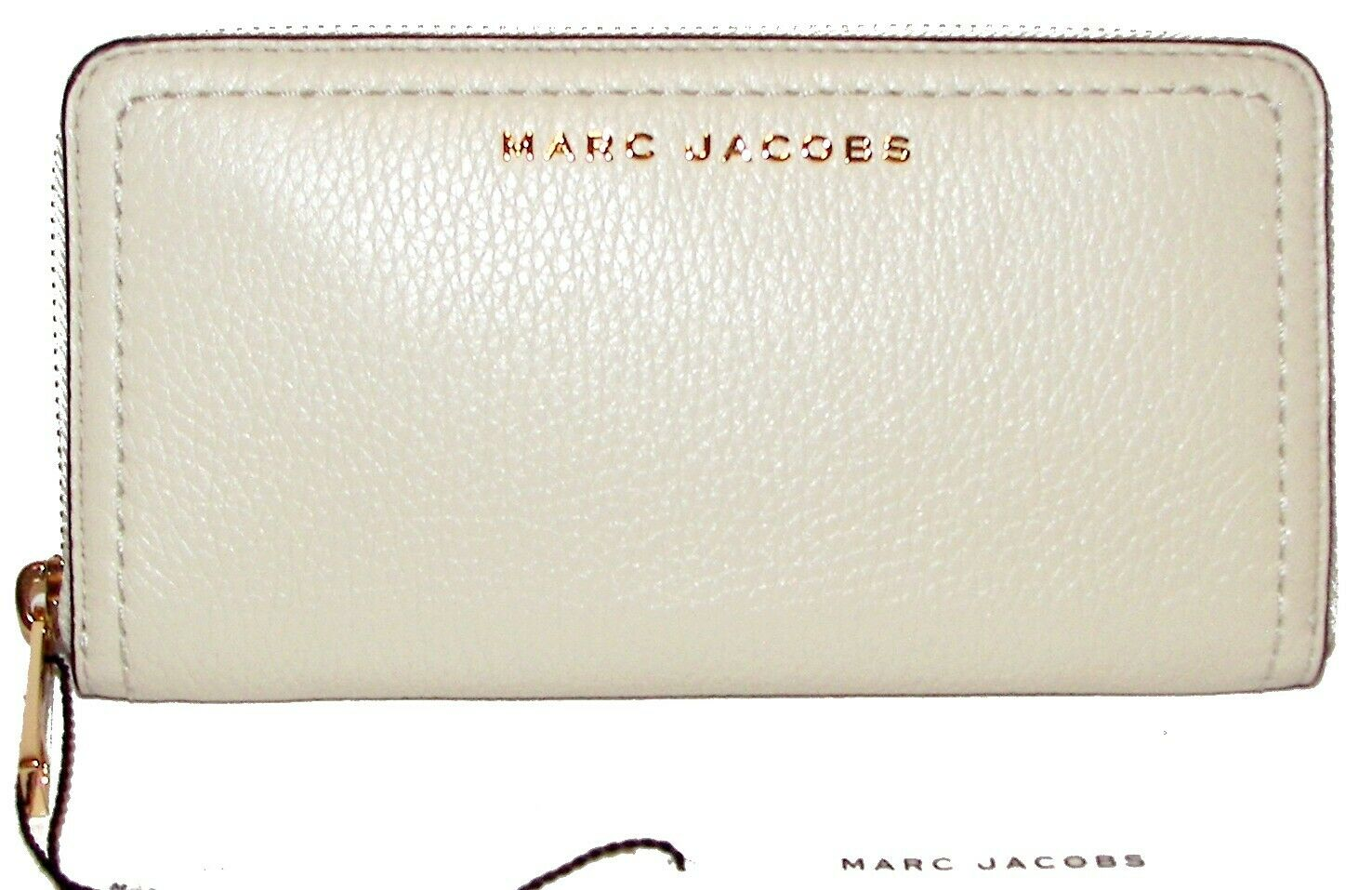 MARC JACOBS Marshmallow Leather Zip-Around Clutch Wallet NWT
