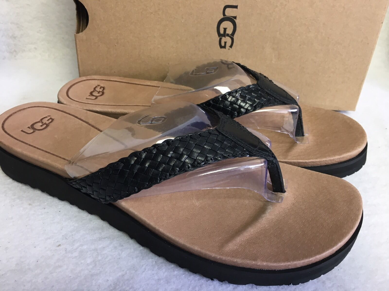 UGG Australia Sandales en cuir tressé Lorrie 1016176 Tongs noires et tongs pointures
