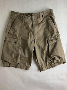 mens cargo shorts zipper pockets