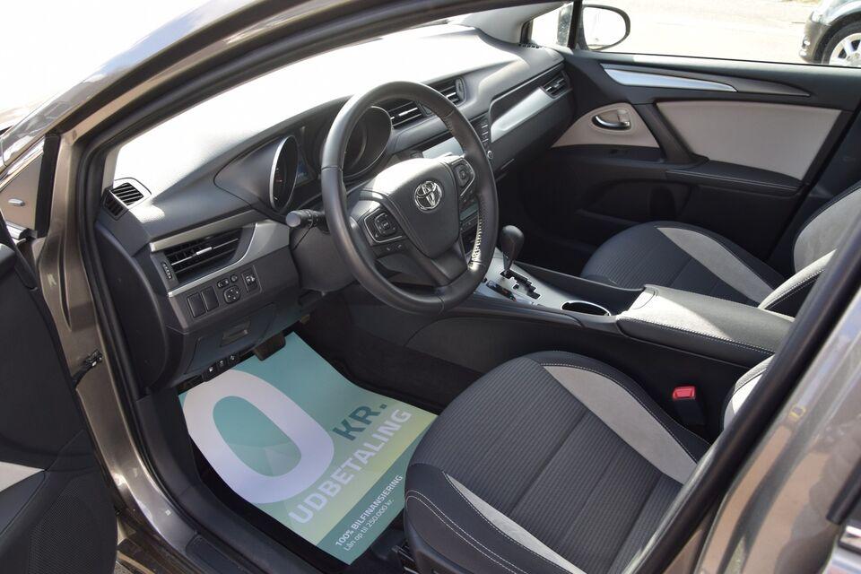 Toyota Avensis 1,8 VVT-i T2 TS MDS Benzin aut. Automatgear