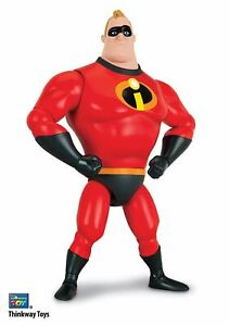 The Incredibles 2 - M. Incredible Talking Action Figure 5452004403816