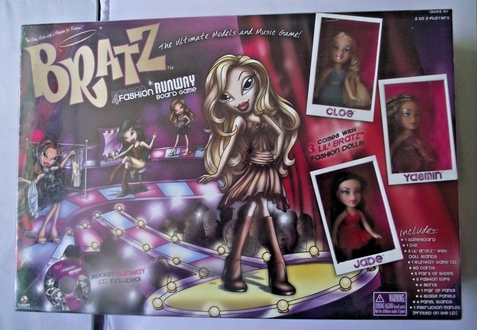 BRATZ 4 FASHION Runway Board Board Board Game NUOVO SIGILLATO viene fornito con 3 Lil Bratz Bambole 286014