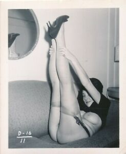 1960s Original 4 x 5 Nude Photo Buxom Beehive Brunette