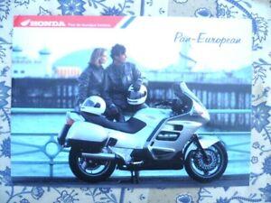 Honda-brochure-Werbung-Pan-Europaeische-12-Seiten-Bearbeitet-in-Frankreich