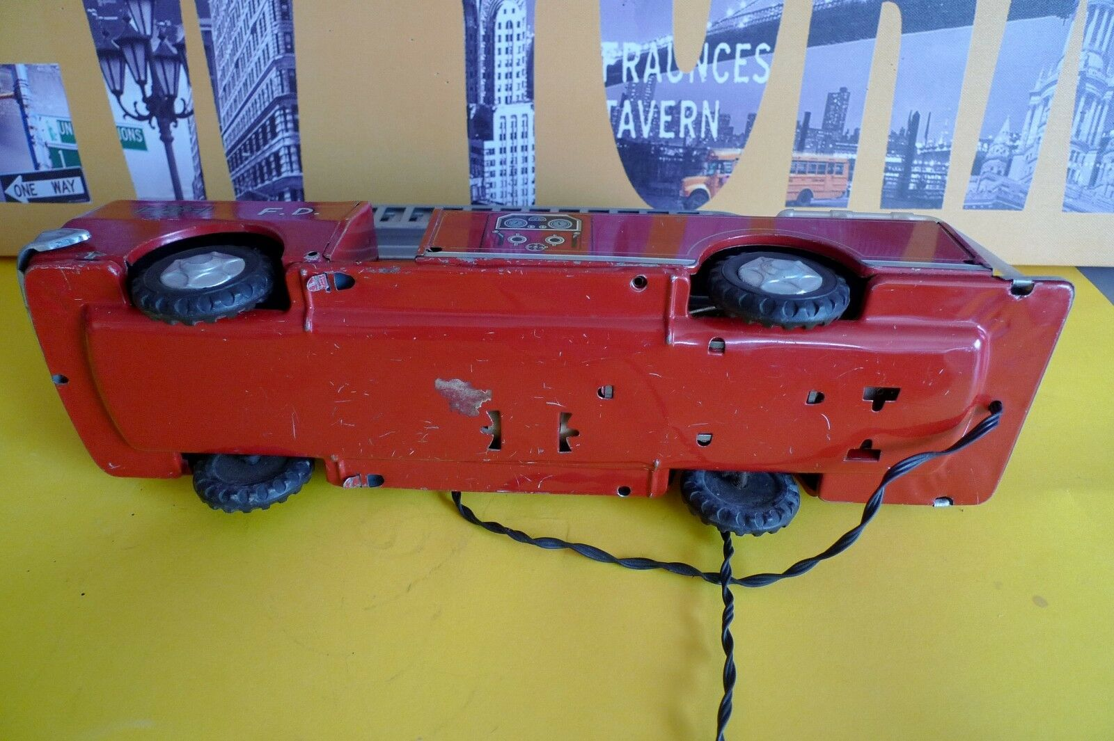 Ancien camion Pompiers en tôle Nomura Japan - - - TN - Vintage Fire engine battery 909eb6
