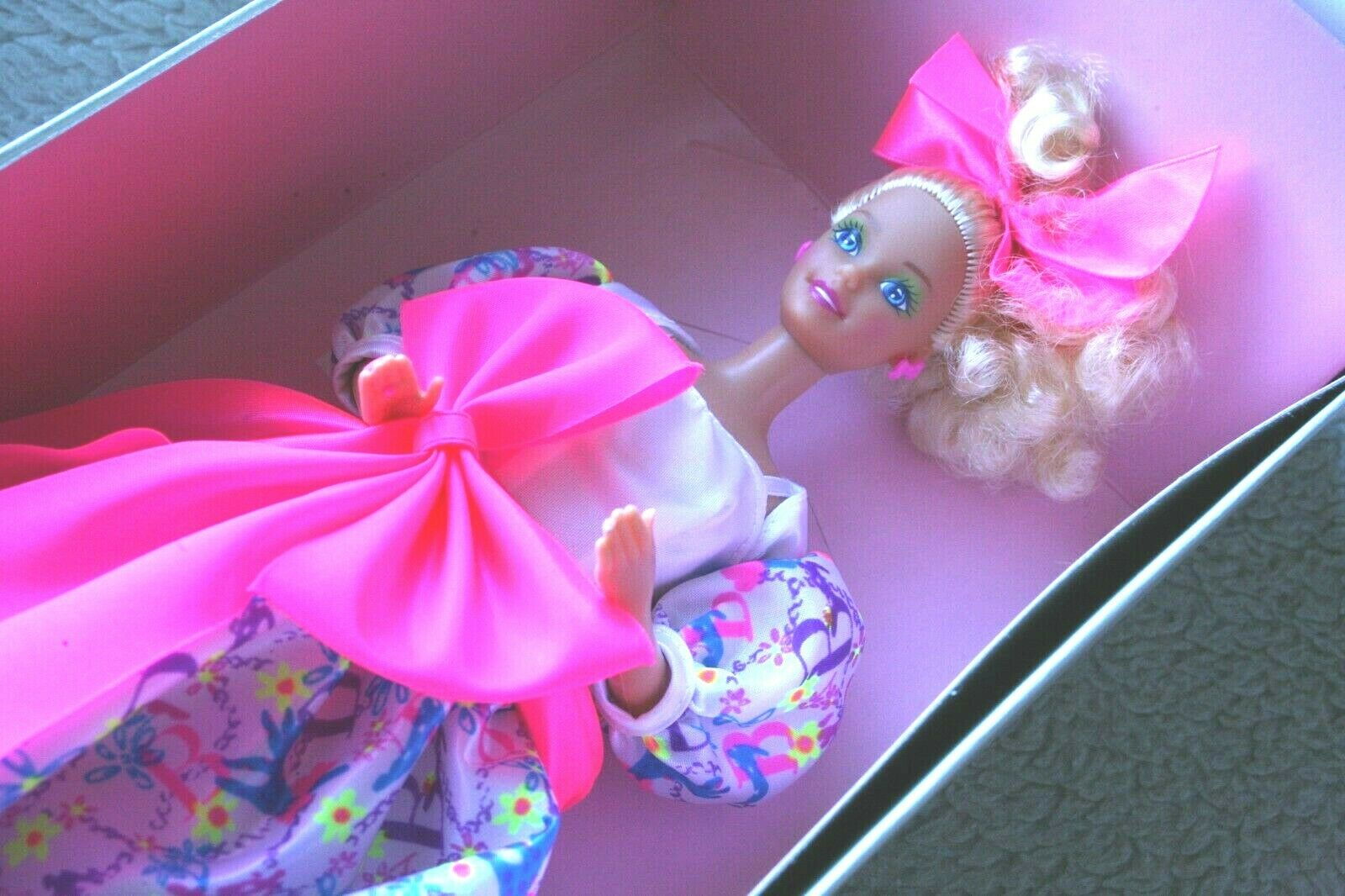 MUÑECA BARBIE STYLE DOLL, 1990  SPECIAL LIMITED EDITION  BRAND NEW IN BOX, OS