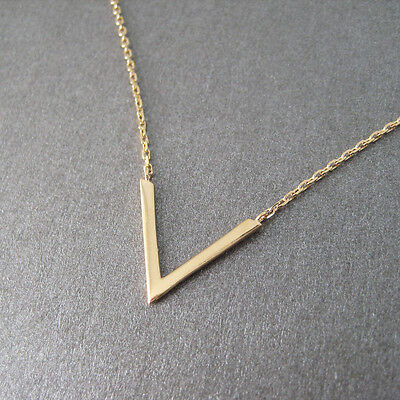 Collier motif triangle V plaqué or 750/000 CO42-J