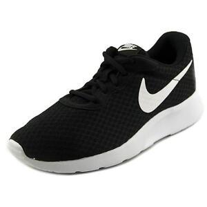 low priced 103dd 929e5 Nike Men s Tanjun Sneaker Size 8 Black White 812654-011