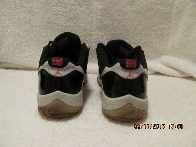 new arrival 93a51 980b0 lovely Air Jordan 11 Retro Low Black Infrared 23-Pure Platinum - 528895 023