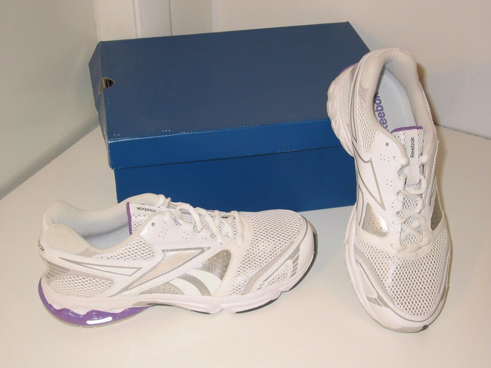 Reebok Instant II Running Cross Training White Mesh Sneakers Shoes Womens 11