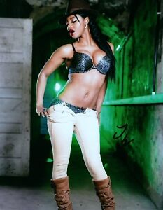 Image Is Loading Jasmine Webb In A Green Bra Amp White