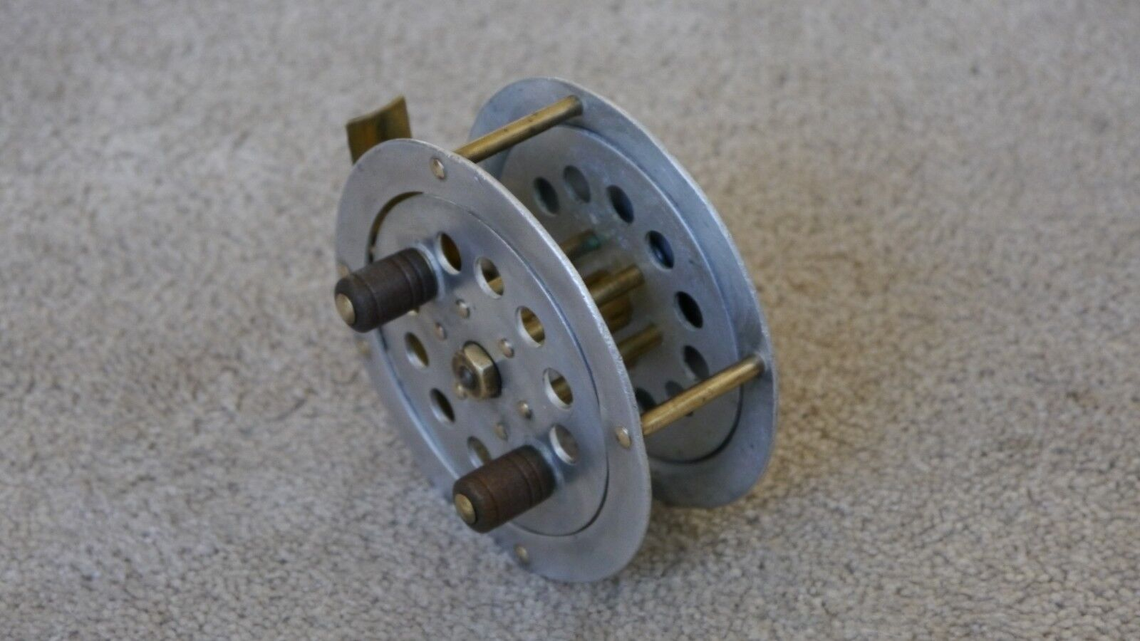 Alte Angelrolle/Fliegenrolle DAM PYRAMIDAL  EVER READY PYRAMIDAL DAM 3190 Old Fly Fishing Reel ac48bc