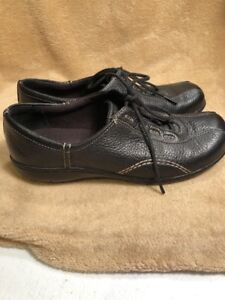 clarks women's casual shoes size 65 m lace up leather