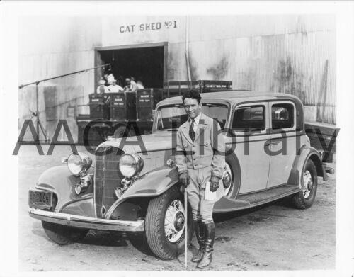Clyde Beatty Ref. # 28121 Factory Photo 1933 Buick Model 91 Club Sedan