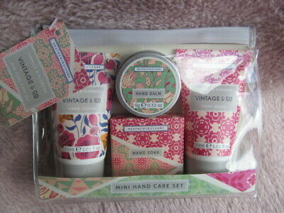 Heathcote & Ivory Fabric & Flowers Vintage & Co Mini Hand Cream Set of 3