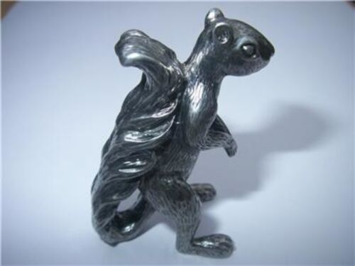 Antique Gold Squirrel Figurine Nuts Protector Card Guard Poker Metal NEW