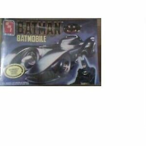 6877 ERTL  Batman Batmobile Model Kit  NIB Sealed 1:25 scale AMT 1217H