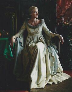 Rebecca-Ferguson-Signed-The-White-Queen-10x8-Photo-AFTAL