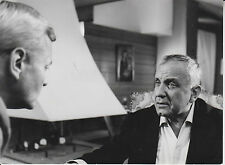 "O.E. Hasse / Peter von Eyck (Pressefoto '64) in ""Todesstrahlen des Dr. Mabuse"""