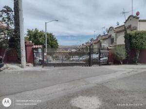 Casa en Venta en Villa Residencial Santa Fe 3a Sección