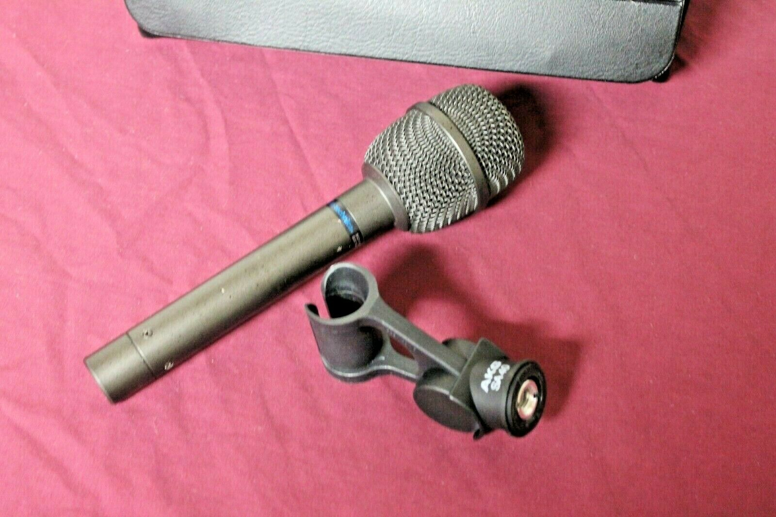 AUDIO TECHNICA ATM-31R Condenser MIC Microphone with SA40 Clip and Case