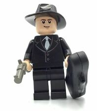 LEGO NEW JAZZ PLAYER BUSINESSMAN WITH SAXOPHONE AND GUITAR CASE FIGURE