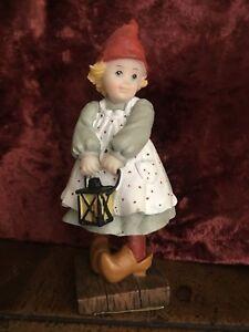 vintage-bambina-con-lanterna-marca-SIA-decorazione-casa-Natale