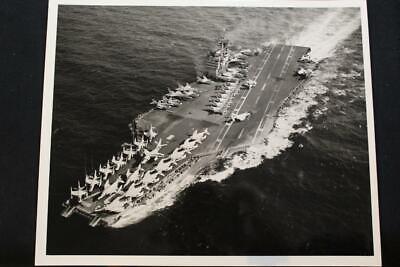 p1328 Military Ship Photo Uss John F Kennedy 8' X 10' B & W Photo cva-67