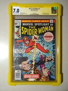 Marvel Spotlight #32 CGC 7.0 SS Signed STAN LEE 1st Appearance Spider Woman