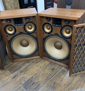Pioneer-cs-99a-vintage-speakers-BEAUTIFUL-CABINETS-MINTY