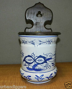 Vintage-Kitchen-Delft-Porcelain-Wall-SALT-BOX-Blue-amp-White