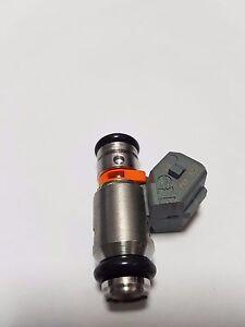 INYECTOR-DE-3-AGUJEROS-PIAGGIO-BEVERLY-TOURER-250-ES-DECIR-ANO-10-RIF-8732885