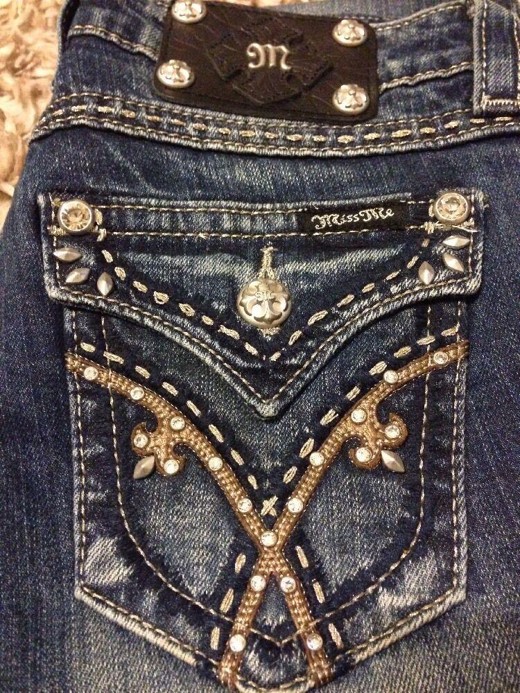 NWT  Miss Me Jeans Boot Cut Leg - Size 26 - JW5403B