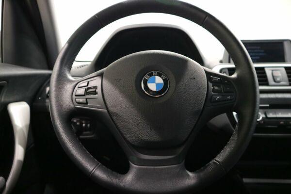 BMW 118d 2,0 Connected aut. - billede 3
