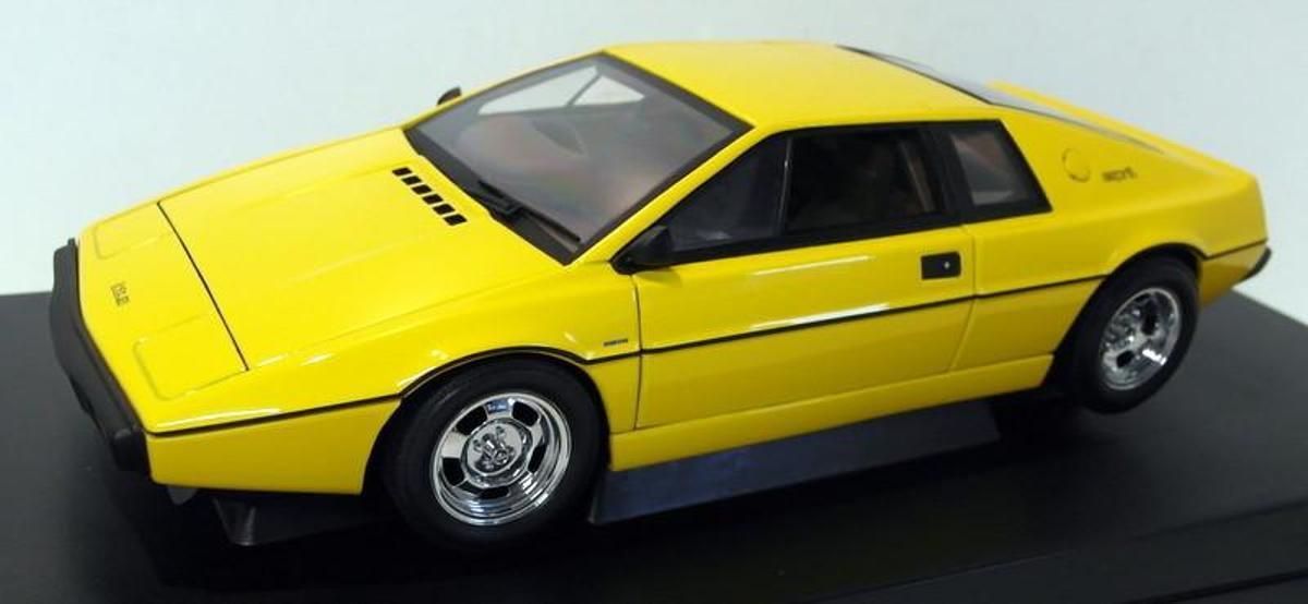 LOTUS ESPRIT TYPE 1979 JAUNE AUTOART 75301 1/18 GELB giallo CAR VOITURE 1:18
